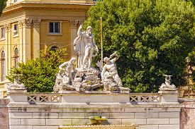 picture of trident  - Fountain of Neptune is a monumental fountain located in the Piazza del Popolo in Rome - JPG