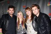 LOS ANGELES - MAY 8:  Swon Brothers, Danielle Bradbery, Holly Tucker arrives at