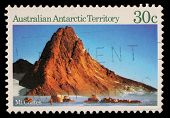 AUSTRALIA - CIRCA 1984: A stamp printed in Australia shows image of Mt Coates in Antarctica, circa 1