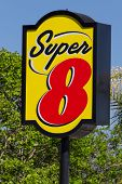 Super 8 Motel Sign