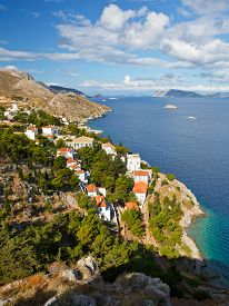image of hydra  - Western edge of the town of Hydra and view of the coastline - JPG