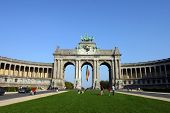 pic of regrouping  - arcades du cinquantenaire in Brussels close to the european union - JPG