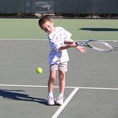 Niño tenista 3