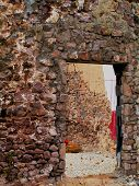 picture of fieldstone-wall  - ruins of 17th century farmhouse - JPG