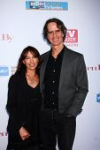 LOS ANGELES - JUN 2:  Susanna Hoffs, Jay Roach arrives at the WGA's 101 Best Written Series Announce