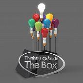 Desenho a lápis de idéia e o conceito de lâmpada fora da caixa como criativa e o conceito de liderança