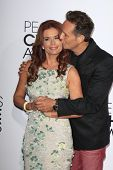 LOS ANGELES - JAN 8:  Roma Downey, Mark Burnett at the People's Choice Awards 2014 Arrivals at Nokia