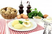 Mustard Eggs With Potatoes And Parsley