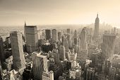 New York City skyline preto e branco em midtown Manhattan view panorama aéreo no dia.