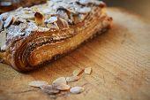 Croissant de Chocolate amêndoa