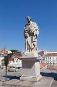 pic of patron  - Monument to Saint Vincent  - JPG