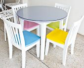 Color Of Chairs With The Table