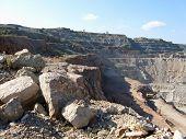 Pilaroscia Career Fluxing Limestone