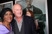 LOS ANGELES - OCT 15:  Cicely Tyson, Rob Cohen arrives at the