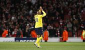 LONDON, ENGLAND. 31/03/2010. Barcelona player Thierry Henry salutes the Arsenal fans on his return t