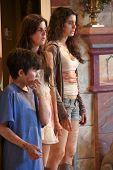 Electra Avellan, Dalton Wyatt, Jeannine Kaspar on set of