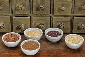 pic of millet  - gluten free grains  - JPG