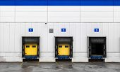 pic of loading dock  - Loading dock at a warehouse - JPG