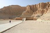 foto of mortuary  - The mortuary temple of Queen Hapshepsut one of the few female pharaohs at Deir el - JPG