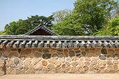 Traditional Korean Wall