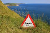 Danger Cliff - Caution Sign