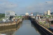 Panama Canal filling to raise a ship