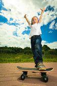 pic of skateboarding  - Active childhood - JPG