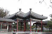 Fangsheng pavilion