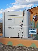 Estación de combustible de hidrógeno para vehículos
