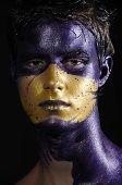 Bemalte Fantasy-Gesicht