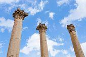 Corinthium Spalte In der antiken Stadt Jerash