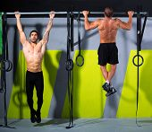 Zehen, bar Men Pull-ups 2 Bars Training Fitnessstudio auszuüben
