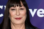 LOS ANGELES - JAN 6:  Anjelica Huston attends the NBCUniversal 2013 TCA Winter Press Tour at Langham