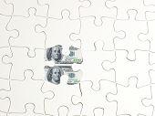 Puzzlespiel Loch Geld