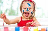 Постер, плакат: Child Painting