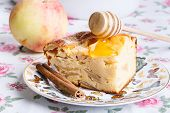 Cottage Cheese Pie With Apples, Cinnamon And Honey