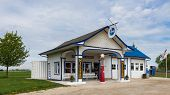 Route 66: Miller's Standard Oil Gas Station, Odell, IL