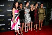 LOS ANGELES - AUG 23:  Katie Lowes, Kerry Washington, Darby Stanchfield, Guest, Bellamy Young, Camil