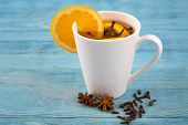 Aromatic Tea With Cloves