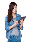 Woman use of tablet