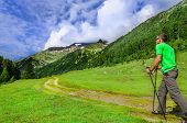 foto of south-pole  - Mountaineer in a green t - JPG