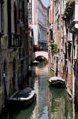 Canal em Veneza