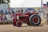 International Turbo Bushville Lanes Tractor Pulling