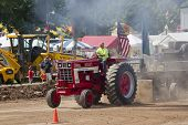 Red International Turbo Tractor Pulling