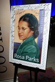 LOS ANGELES - 1 de FEB: Rosa Parks, firmado el sello en la suite de existencia de entretenimiento Bellafortuna en la