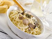 tagliatelle with truffle and cream sauce