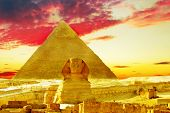 picture of the great pyramids  - Panorama of Great Pyramid located at Giza  - JPG
