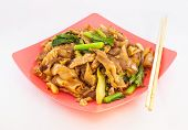 image of gai  - Stir fried rice noodle with porkThai style - JPG