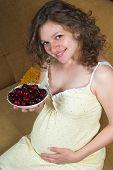 schwanger mit Kirschen