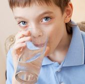 image of drinking water  - Child drinking water - JPG